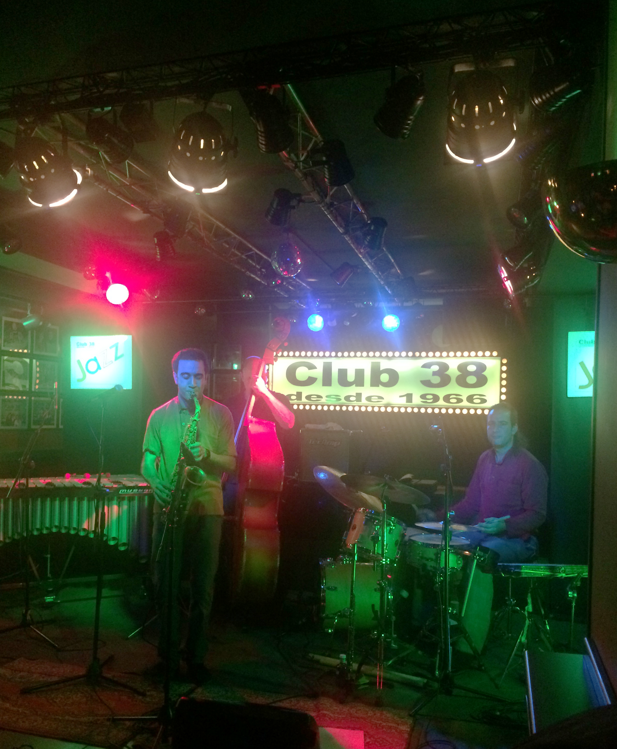 Cesar Trio_Club38_1